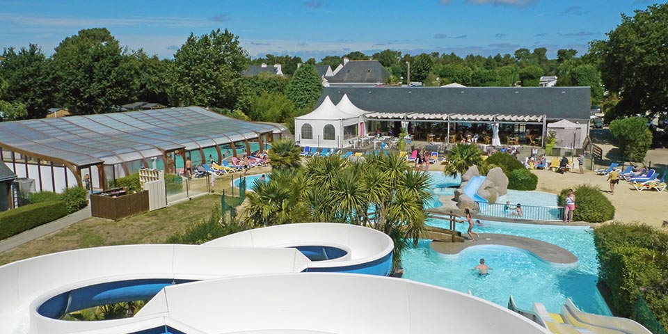 Camping carnac camping 4 toiles morbihan vacances for Piscine bretagne sud